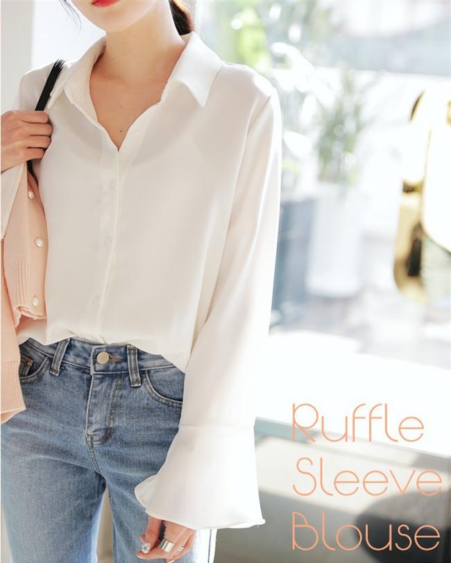 Sơmi trắng: chiếc áo vốn khô khan, nghiêm túc đang tự F5 mình bằng những cách điệu thú vị - Ảnh 19.