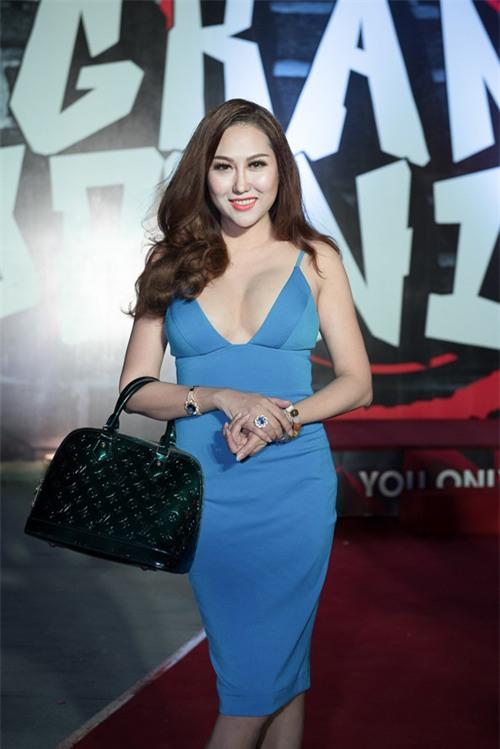sao viet trang diem xau: phi thanh van nhu tuong sap vi mat day bich phan - 2