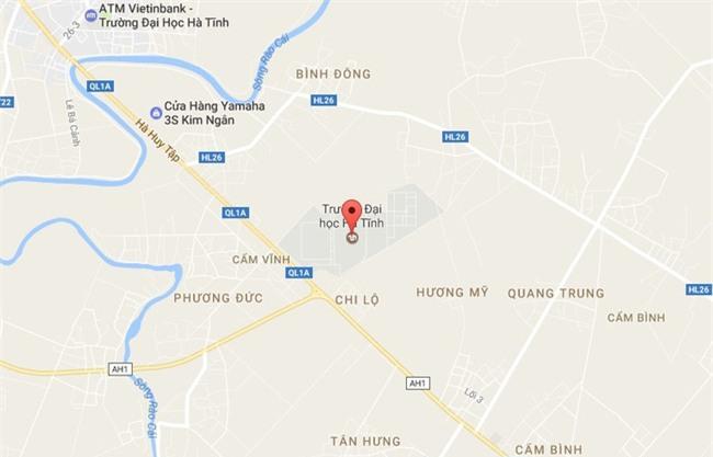 Hà Tĩnh: Hẹn nhau giải quyết ân oán trước cổng trường ĐH, một thanh niên bị đâm gục bằng chai thủy tinh - Ảnh 2.