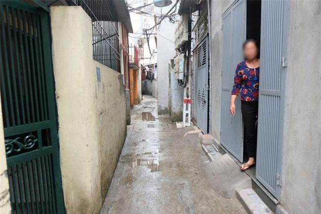 Mẹ bé gái 9 tuổi nghi bị xâm hại: Tôi từng cảnh báo nhiều người, ai ngờ đến ngày con tôi thành nạn nhân - Ảnh 2.