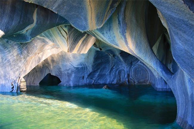 16 hang động sở hữu vẻ đẹp hùng vĩ và lộng lẫy đến khó tin của thế giới - Ảnh 6.