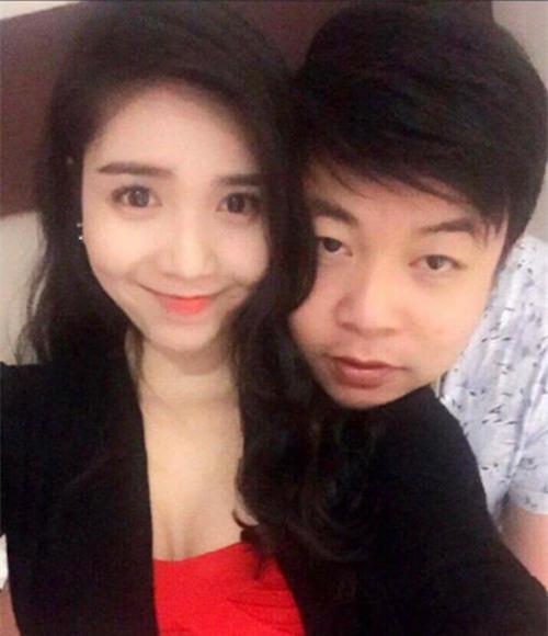 Quang Lê gây sốc khi công khai ảnh ôm hôn bạn gái 9x - 1