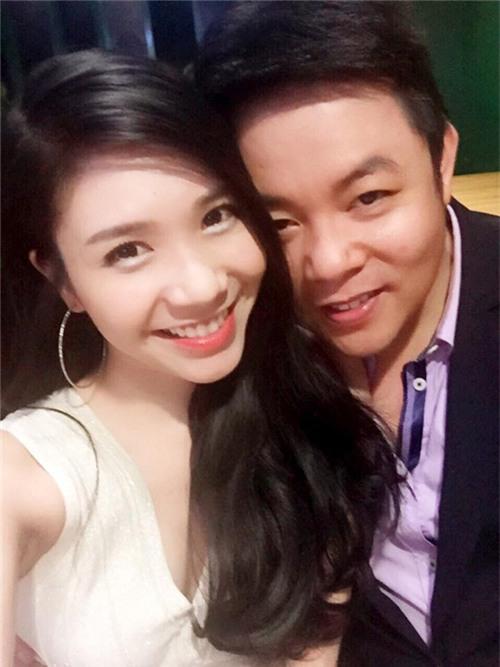 Quang Lê gây sốc khi công khai ảnh ôm hôn bạn gái 9x - 5