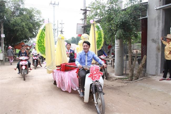Rước dâu bằng xe chở lúa, đám cưới hiếm thấy tại Thanh Hóa - Ảnh 10.