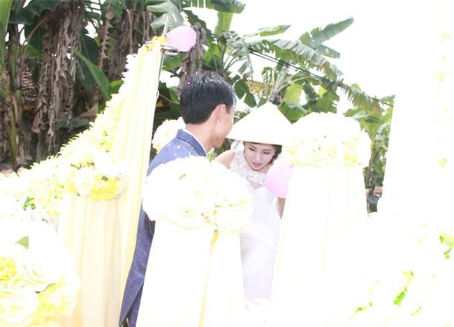 Rước dâu bằng xe chở lúa, đám cưới hiếm thấy tại Thanh Hóa - Ảnh 7.