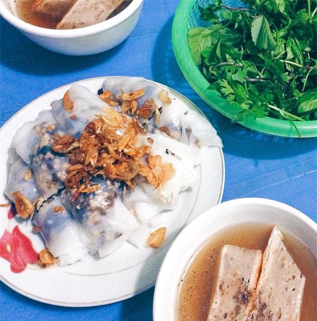 """6 quán bánh cuốn ngon """"nức nở"""" để quên đi thời tiết Hà Nội ẩm ương - Ảnh 14."""