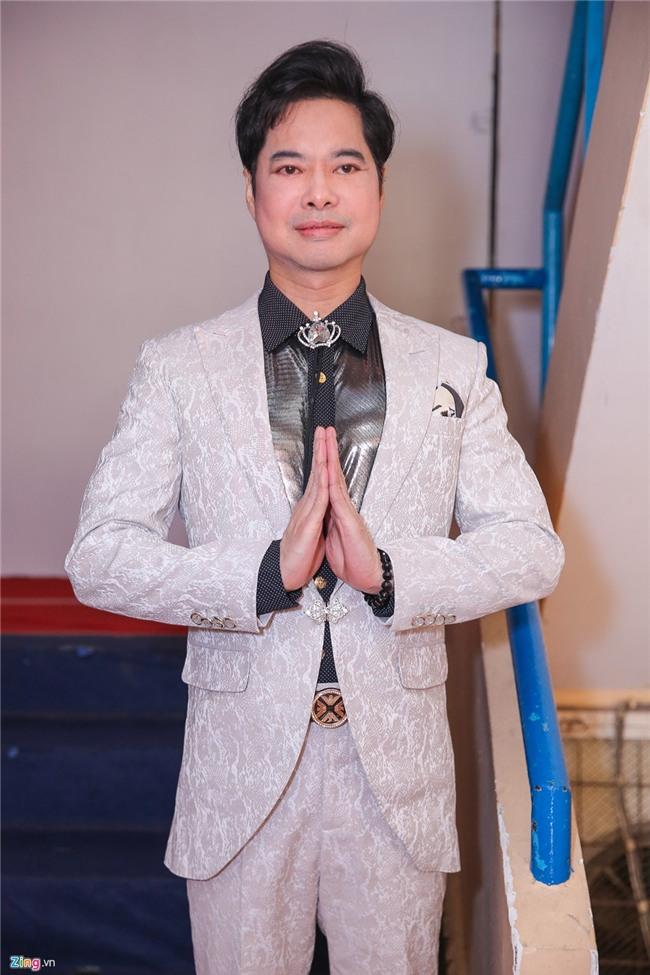 Le Quyen mang nhan kim cuong dat do di cham thi Than tuong Bolero hinh anh 6