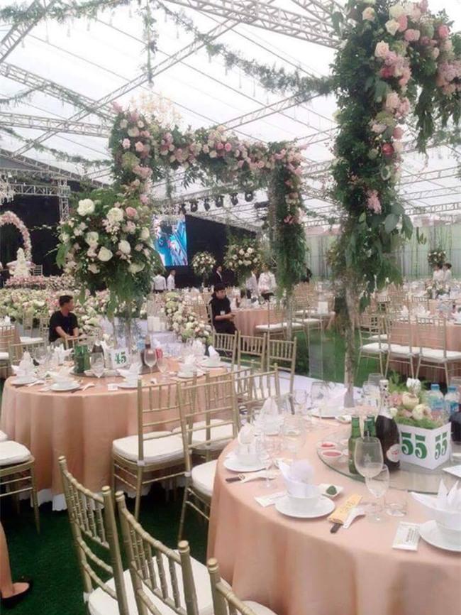 Cận cảnh đám cưới xa hoa bậc nhất Hải Phòng khiến dân mạng trầm trồ - Ảnh 4.