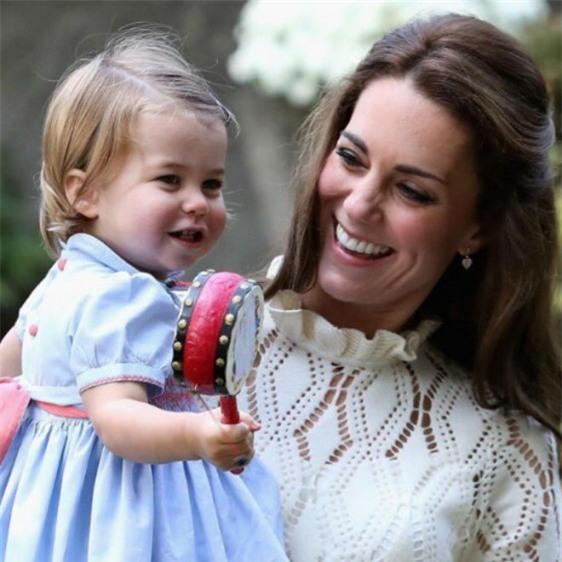 Bận trăm công nghìn việc nhưng cách dạy con của Kate Middleton vẫn khiến triệu người ngả mũ - Ảnh 6.