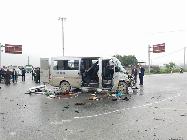 tai nạn giao thông, xe đón dâu bị tai nạn