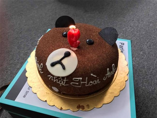 Xuân Bắc cười tít mắt, nằm bò trong tiệc sinh nhật của BTV Hoài Anh - Ảnh 5.