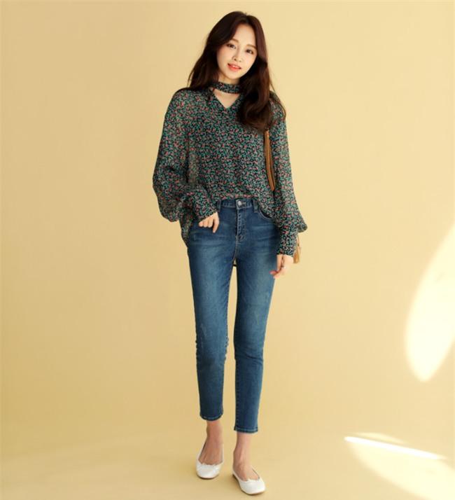 Điểm qua một vài cách diện đồ hay ho với cặp đôi kinh điển: quần jeans và sơmi - Ảnh 16.