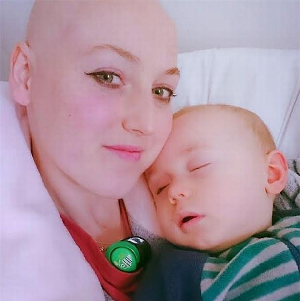 Cậu bé cứ bú sữa mẹ là khóc, 6 tháng sau mẹ phát hiện một sự thật bất ngờ - Ảnh 3.