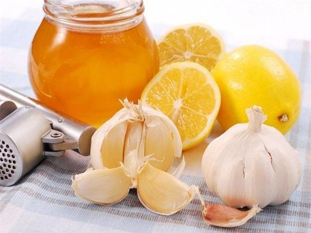 Mỗi ngày 1 thìa siro chanh tỏi: Phương thuốc phòng và chữa nhiều bệnh - Ảnh 1.