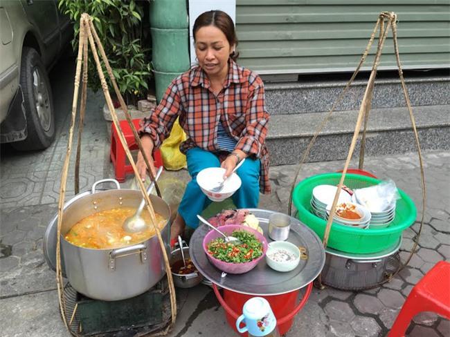 Điểm danh 5 món bánh canh dân dã những ngon nổi tiếng của Việt Nam - Ảnh 1.