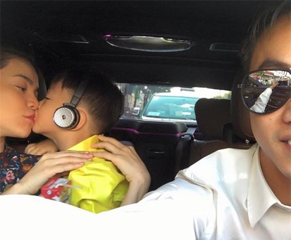 Cường Đô la lái siêu xe đưa vợ cũ Hà Hồ đi ăn đêm - Ảnh 5.