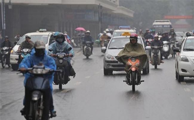 Chuyên gia thời tiết: Đến tháng 5, mưa phùn, nồm, ẩm ở Hà Nội mới kết thúc - Ảnh 1.