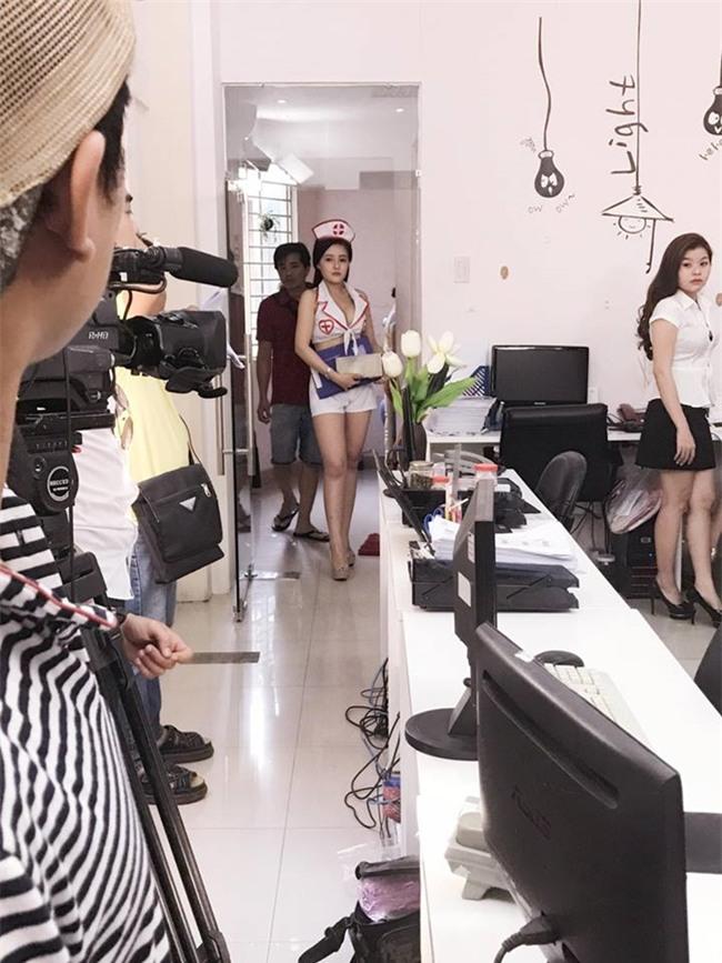phim online hut chuc trieu view nho dan my nu 9x boc lua nay hinh anh 3
