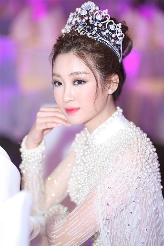 """Hoa Hậu Mỹ Linh xuất hiện ấn tượng với hình ảnh gợi nhớ """"Công chúa Mỵ Châu"""" - Ảnh 2."""