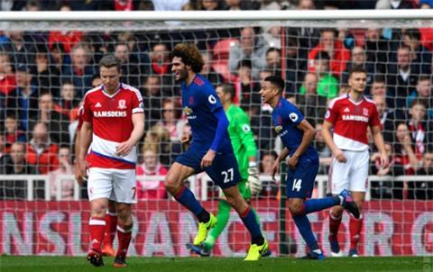 Fellaini có bàn thắng đầu tiên tại Ngoại hạng Anh mùa này