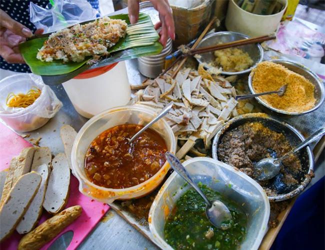 6 quán ăn bình dân chẳng cần quảng cáo nhưng lúc nào cũng tấp nập khách ở Sài Gòn - Ảnh 7.