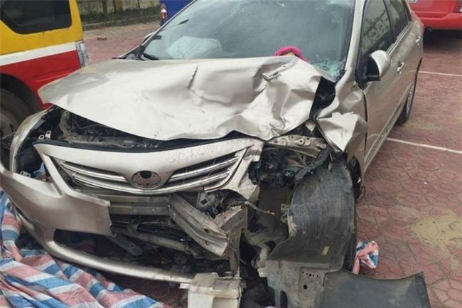 Kết quả hình ảnh cho xe công an gây tai nạn