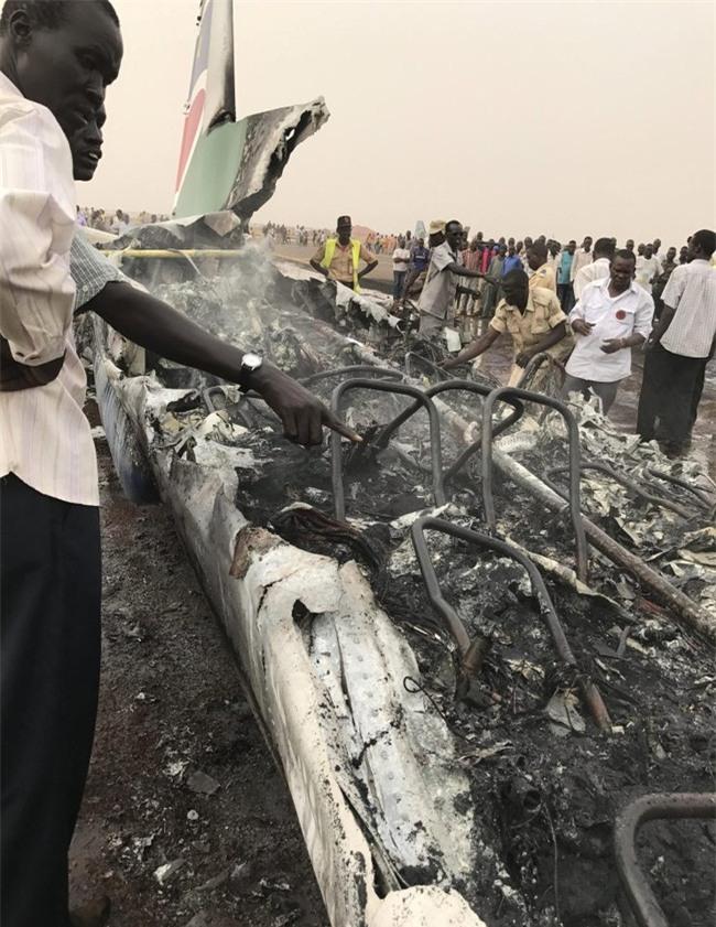 Tất cả 49 người đều sống sót thần kỳ trong tai nạn máy bay ở Nam Sudan - Ảnh 6.