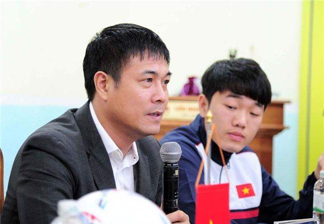 HLV Hữu Thắng mong không cầu thủ nào dính chấn thương ở trận giao hữu.
