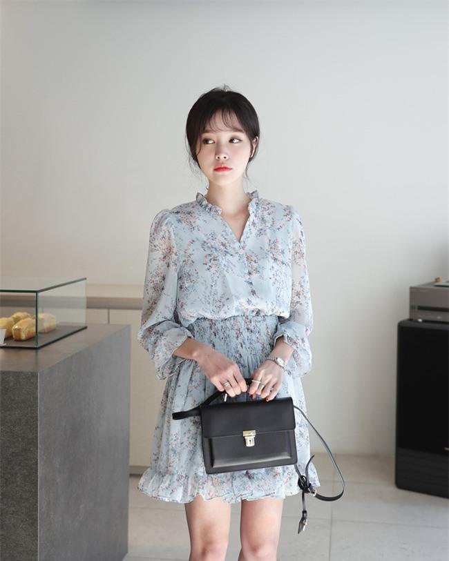 Thời tiết mát mẻ, nàng công sở tha hồ đẹp xinh với đủ kiểu váy sơmi đến sở làm mỗi ngày - Ảnh 12.