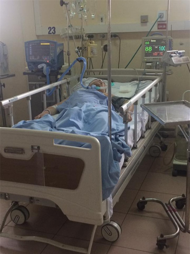 Nỗi đau ám ảnh nữ sinh Hà Nội mất bố vì rượu độc chứa methanol - Ảnh 1.