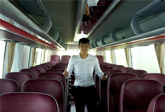 Cong Vinh hao hung nhan xe moi cua CLB TP.HCM hinh anh 3