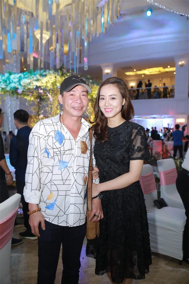 Công Lý cười tươi bên cạnh cả tình mới lẫn vợ cũ tại đám cưới MC Thành Trung - Ảnh 6.