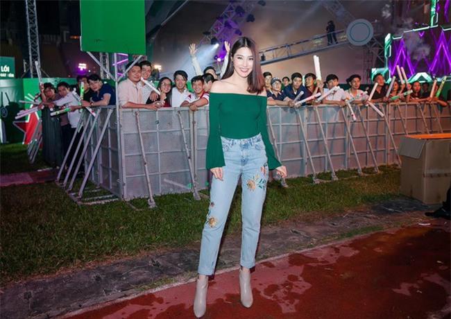Điểm mặt 4 kiểu quần jeans đang được kiều nữ Việt kết nhất - Ảnh 4.