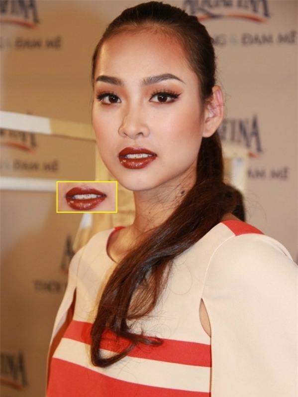 Cho răng ăn son, mỹ nhân Việt xinh đẹp mấy cũng mất điểm trước ống kính - Ảnh 6.