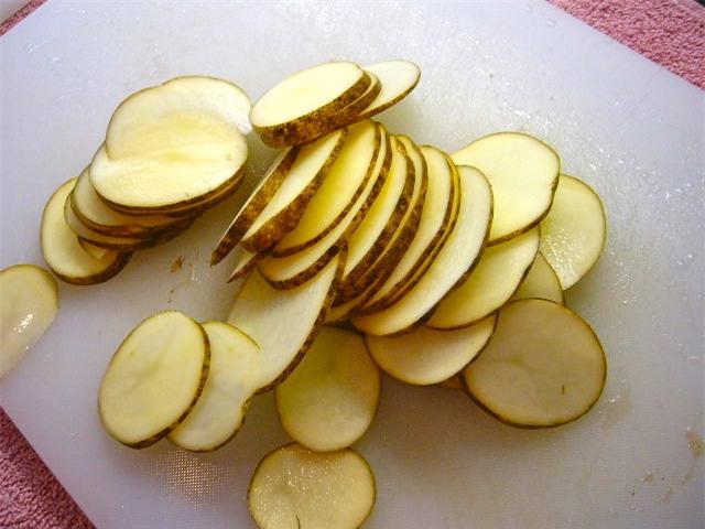 Chà lát khoai tây vào nách, 1 tháng sau sẽ thấy kết quả bất ngờ - Ảnh 1.