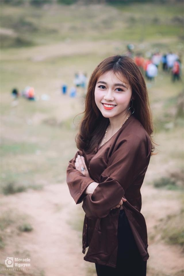 Nữ sinh ĐH Xây Dựng Hà Nội bất ngờ nổi tiếng vì quá xinh đẹp - Ảnh 7.