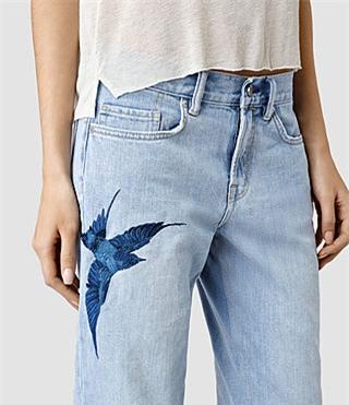 mot quan jeans hot nhat he 2017, khong mua la tiec hui hui - 12
