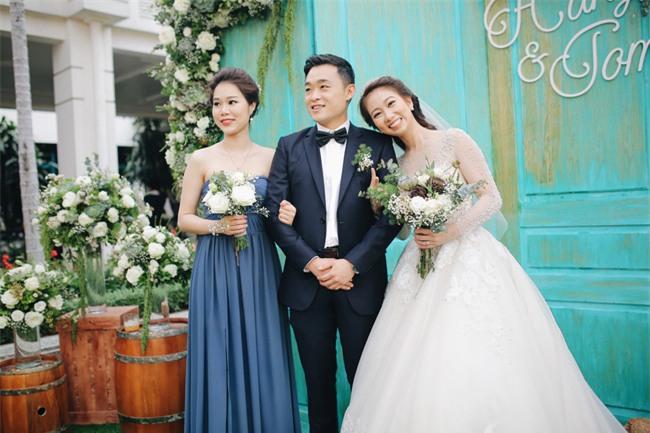Tình yêu rượu gạo Soju không cưa cũng đổ với soái ca Hàn và hôn lễ đậm chất Việt cùng nón lá và hoa đá - Ảnh 11.