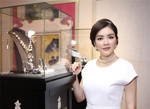 khong chi o nha dat vang, ly nha ky con song vuong gia the nay! - 10