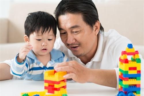 Trẻ sẽ không còn sợ học toán nếu cha mẹ áp dụng ngay những tuyệt chiêu này - Ảnh 3.