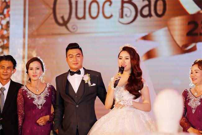 Nữ đại gia Bình Phước hóa công chúa trong đám cưới 6 tỷ đồng với bạn trai 7 năm - Ảnh 15.