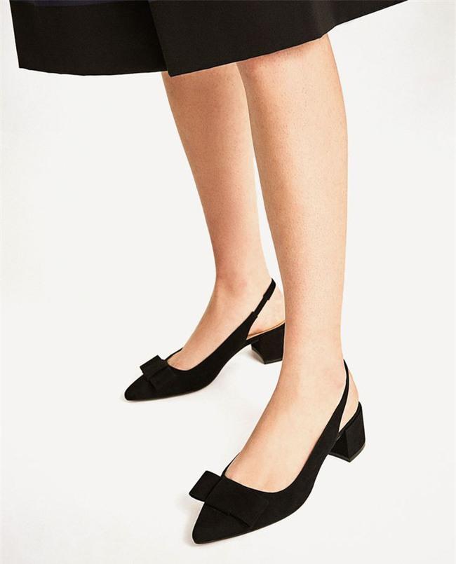 Đây mới thực sự là mẫu giày nàng công sở cần lưu tâm nhất trong hè này - Ảnh 10.