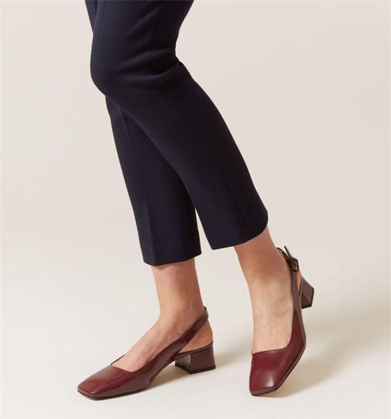 Đây mới thực sự là mẫu giày nàng công sở cần lưu tâm nhất trong hè này - Ảnh 8.