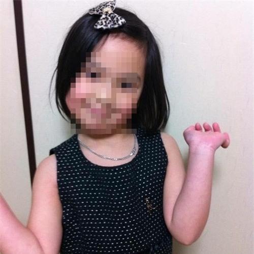Người dân nơi bé gái Việt Nam mất tích sinh sống: Lo sợ khi để cái đi học một mình - Ảnh 1.