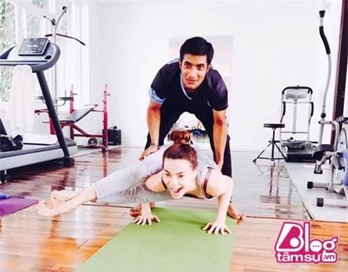 ho-ngoc-ha-tap-yoga-blogtamsuvn001