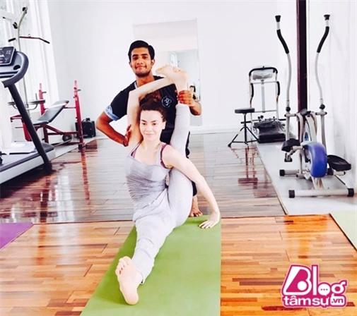 ho-ngoc-ha-tap-yoga-blogtamsuvn008