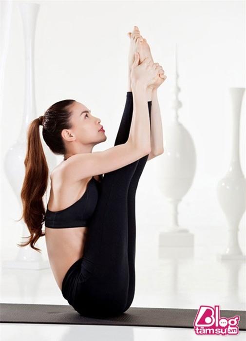 ho-ngoc-ha-tap-yoga-blogtamsuvn012