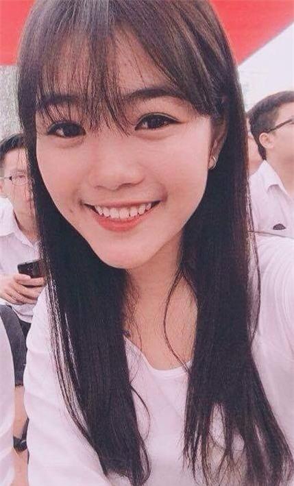 Nhan sắc xinh đẹp của nữ sinh 17 tuổi vừa đăng quang Ngôi sao Việt Đức - Ảnh 3.