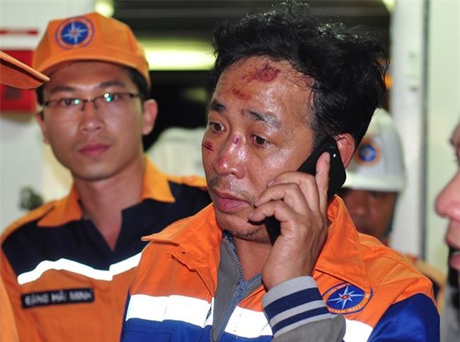 Vu chim tau Hai Thanh, 9 nguoi mat tich: 'Cac bac cuu bo chau voi' hinh anh 1