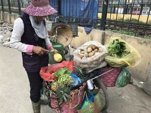 nuôi gà, nuôi lợn, cơm thừa canh cặn, tiết kiệm, Hà Nội,